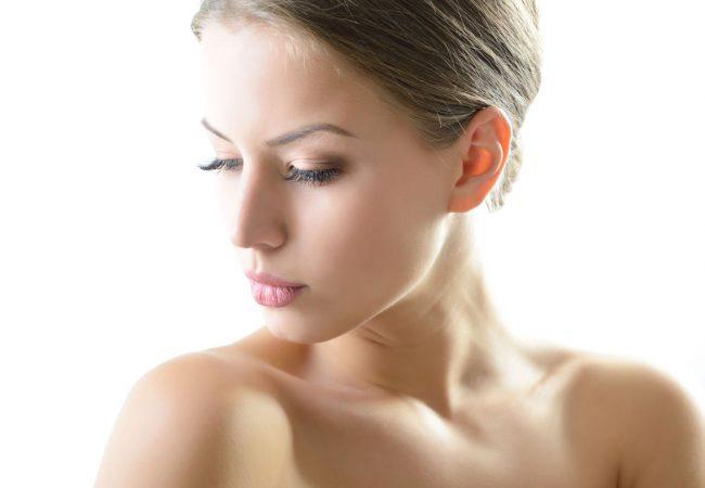 Hautverfärbungen entfernen: Geprüfte Methoden und Pflegeprodukte