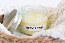 Deocreme – was ist das? Ist sie besser als übliche Deos?
