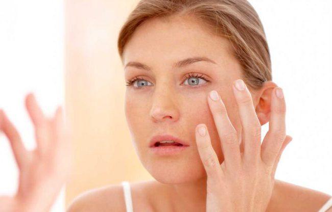 Gesichtsserum mit Vitamin C – Wundermittel für strahlendes Gesicht! Beste Produkte im Test